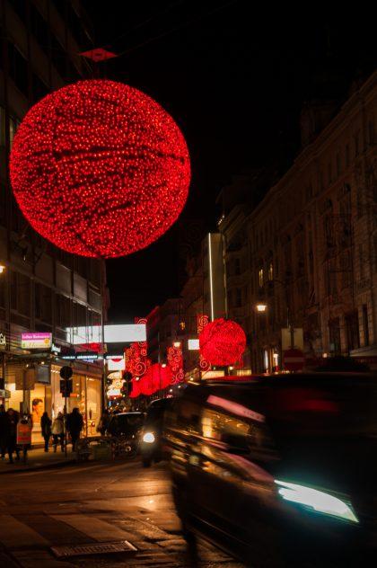 Weihnachtsbeleuchtung in der Wiener Rotenturmstraße
