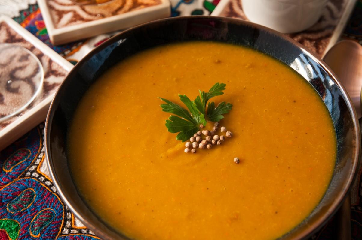 Suppe vom Garten-Hokkaidokürbis Detailansicht