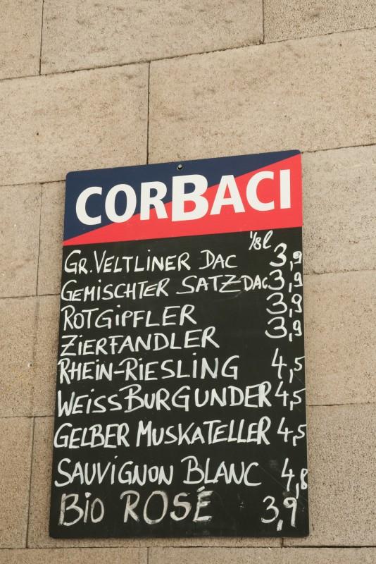 Schild im Restaurant Corbaci
