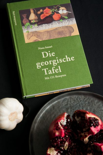 Nana Ansaris Buch im Mandelbaum-Verlag