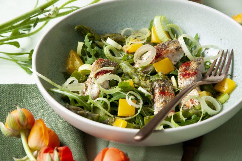 Fogosch-Spargel-Salat